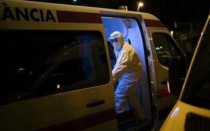 Κορονοϊός στην Ισπανία: Συνεχίζεται ο εφιάλτης – 832 νεκρούς μέσα σε 24 ώρες