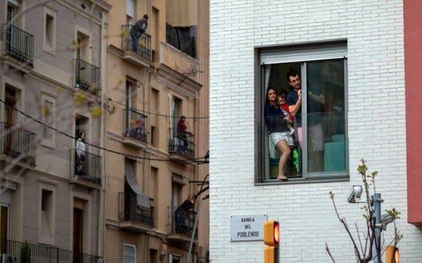 Κορονοϊός: Σε 24 ώρες σημειώθηκαν 812 νέοι θάνατοι στην Ισπανία