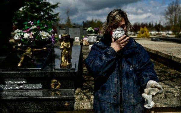 Δράμα δίχως τέλος στην Ισπανία: 849 νεκροί σε μία μέρα από τον κορονοϊό – 8.189 συνολικά