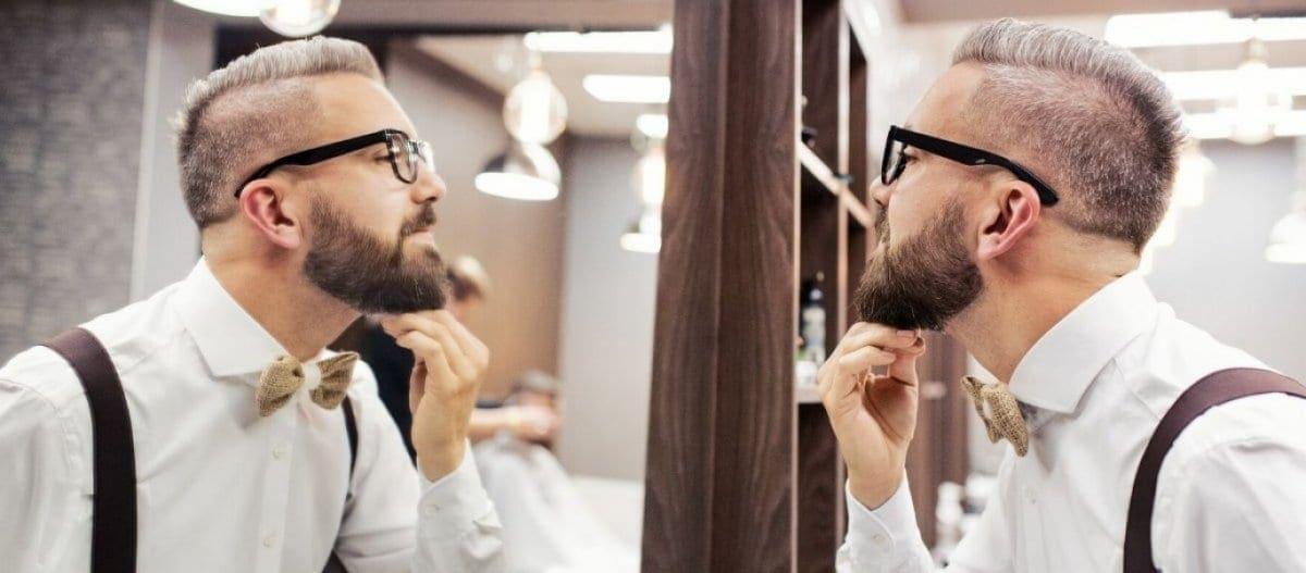 Γάλλος γιατρός: «Ο κορωνοϊός μένει ώρες στα γένια – Ξυριστείτε»