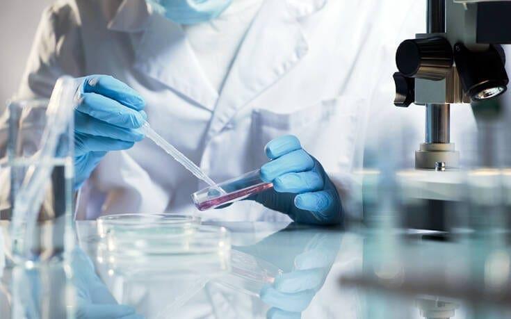 Πανελλήνιος Φαρμακευτικός Σύλλογος: Να μην πάρουν τα φαρμακεία τεστ για Covid-19