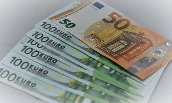 Επίδομα 800 ευρώ: Στις 130.000 οι αιτήσεις – Πότε θα δοθούν τα χρήματα