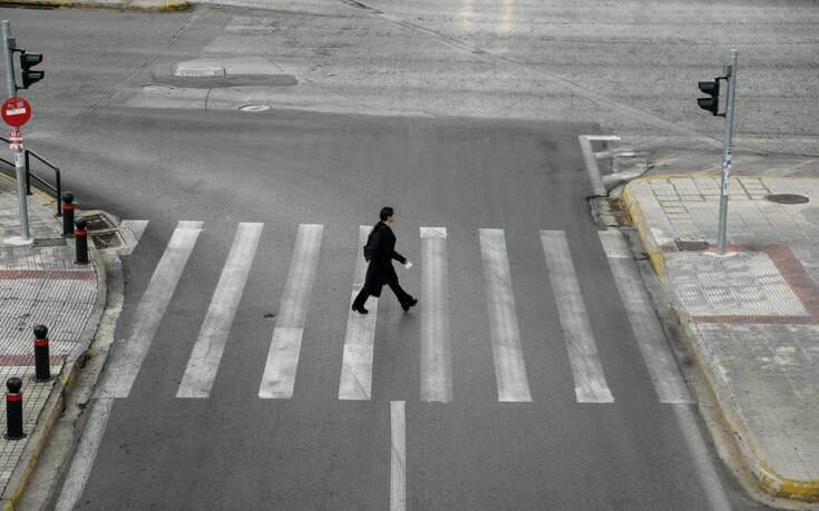 Στέλιος Πέτσας για απαγόρευση κυκλοφορίας: Θέμα των επόμενων 2-3 ημερών να ανακοινωθούν νέοι περιορισμοί