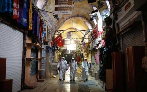 Στους 214 οι νεκροί στην Τουρκία από τον κορονοϊό – Ξεπέρασαν τα 13.000 κρούσματα
