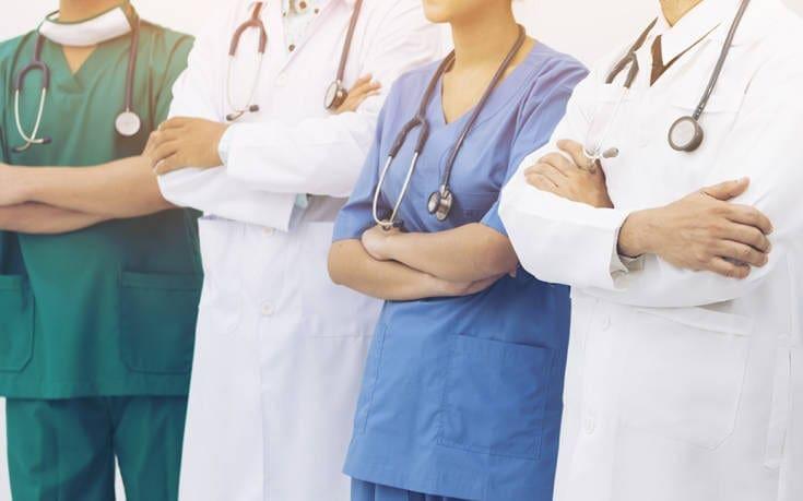 Στους 18 μήνες η ειδικότητα και στους έξι η εξειδίκευση για τους νοσηλευτές