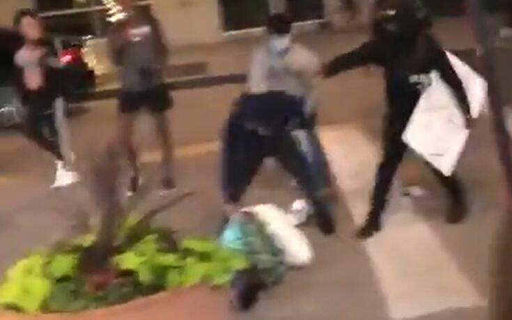 ΗΠΑ: Σοκαριστικό βίντεο με ξυλοδαρμό πολίτη που προσπαθεί να σώσει την περιουσία του