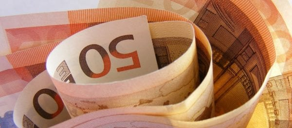 Επίδομα 400 ευρώ – ΟΑΕΔ: «Τέλος χρόνου» για χιλιάδες δικαιούχους
