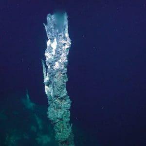 Ανακάλυψαν υποβρύχιο ανεμοστρόβιλο να ξεπηδά από τον βυθό – Δείτε το βίντεο