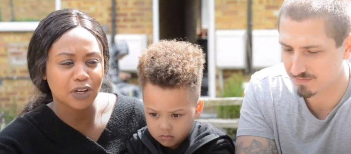 Παιδι – θαύμα: 4χρονος με τεράστιο ΙQ έμαθε να διαβάζει μόνος του – Ξέρει το αλφάβητο τριών γλωσσών (βίντεο)
