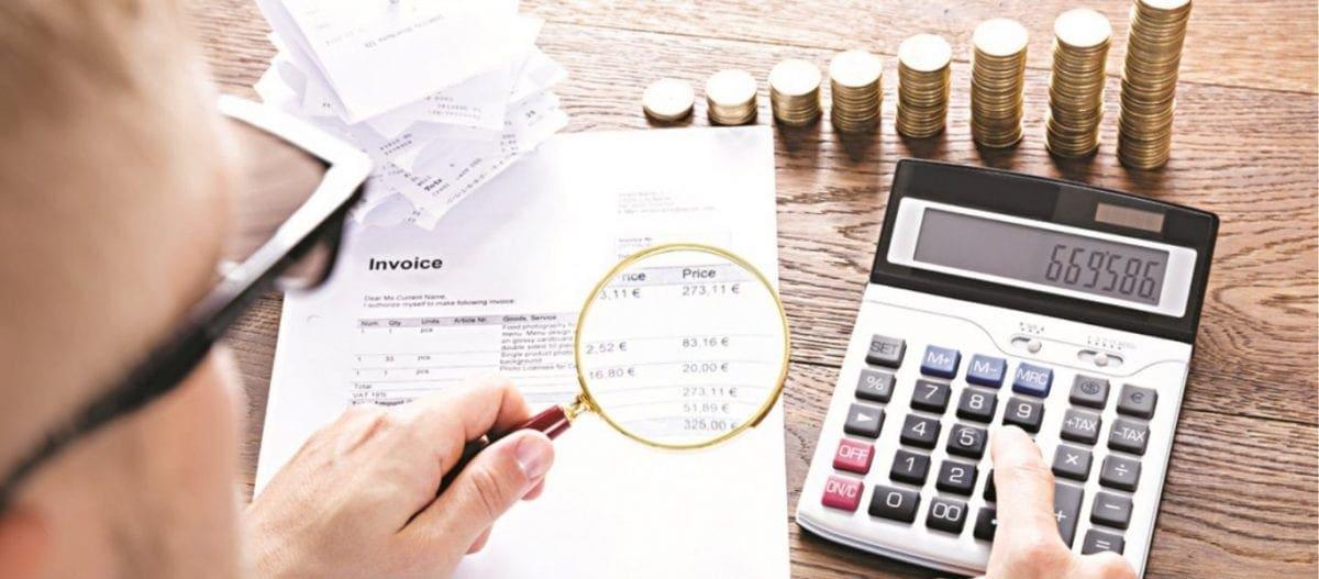«Πράσινο φως» για τον συμψηφισμό 25% του ΦΠΑ: Αναλυτικά τι κερδίζουν επαγγελματίες και επιχειρήσεις – Παραδείγματα
