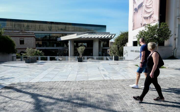 Kronen Zeitung: Η Ελλάδα είναι έτοιμη για θερινό τουρισμό