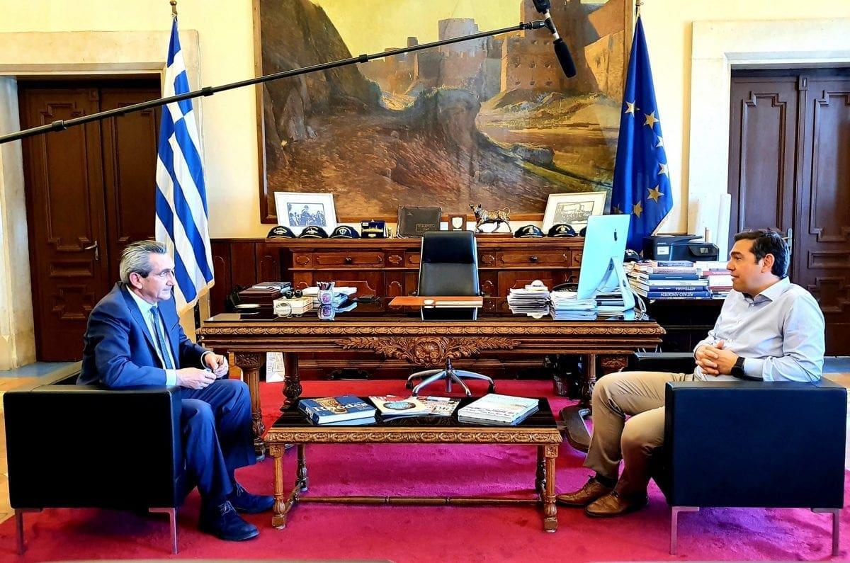 Στον Περιφερειάρχη Νοτίου Αιγαίου, Γιώργο Χατζημάρκο,  ο τέως Πρωθυπουργός  Αλέξης Τσίπρας