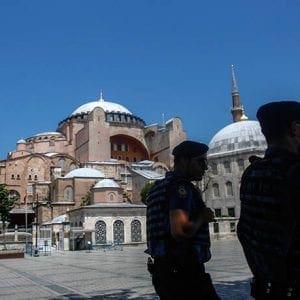 Σφοδρή αντίδραση από την Ορθόδοξη Εκκλησία της Ρωσίας: Η απόφαση για την Αγιά Σοφιά δεν στοχεύει στην ειρήνευση