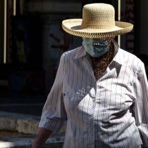 Εντείνονται τις επόμενες ώρες οι έλεγχοι για τη μη χρήση μάσκας