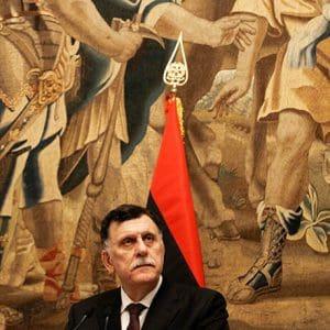 Ραγδαίες εξελίξεις στη Λιβύη: Παραιτείται ο Σάρατζ