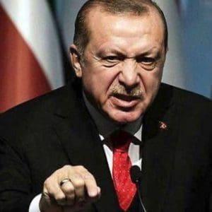 Παραλήρημα Ερντογάν: «Έλληνες μην περιφέρεστε στα νησιά, Μακρόν θα έχεις πρόβλημα με μένα προσωπικά»