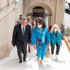 """Την Πρόεδρο του """"Ελλάδα 2021"""" Γιάννα Αγγελοπούλου, υποδέχθηκε ο Περιφερειάρχης"""