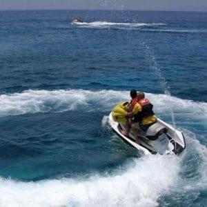 Σύγκρουση θαλάσσιων μοτοποδηλάτων στη Ρόδο με τραυματισμό