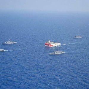 Αυξημένη συγκέντρωση αεροναυτικών δυνάμεων γύρω απο το Oruc Reis