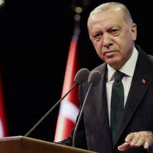 Επιβεβαίωσε τις δοκιμές των S-400 ο Ερντογάν: «Οι ΗΠΑ λένε κάτι για την Ελλάδα που χρησιμοποιεί τους S-300;»
