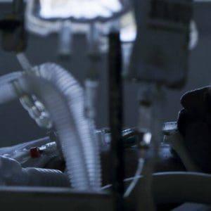 Οι καρκινοπαθείς στο επίκεντρο της πανδημίας: Αυξημένος ο κίνδυνος να νοσήσουν σοβαρά από κορονοϊό