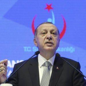 Ερντογάν: Κακομαθημένη η Ελλάδα, ψυχοθεραπεία χρειάζεται ο Μακρόν