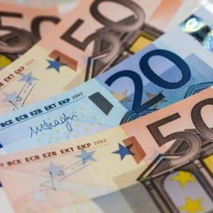 Επιστρεπτέα Προκαταβολή 3: Σήμερα η πίστωση 254,7 εκατ. ευρώ σε πάνω από 13.000 δικαιούχους
