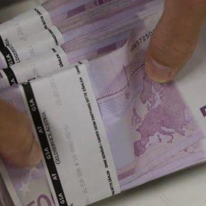 Έρχονται δάνεια έως 25.000 ευρώ σε ανέργους και σε φοιτητές – Αναλυτικά οι όροι και τα δικαιολογητικά
